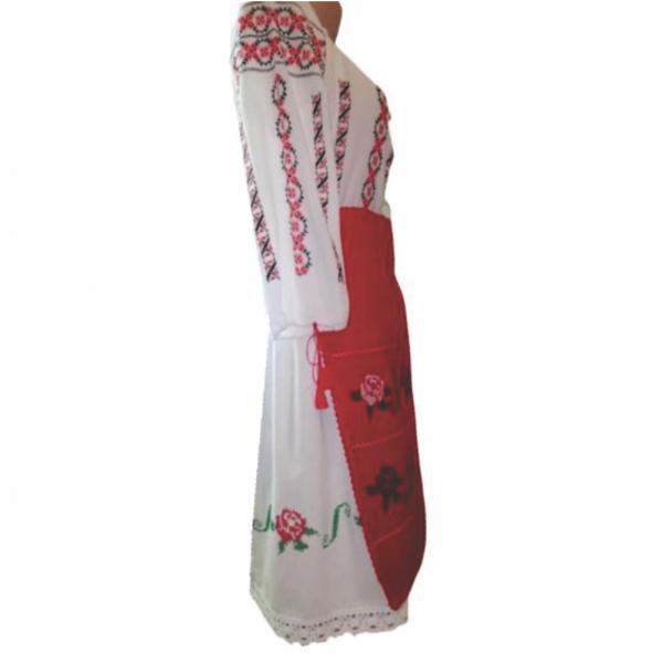 Costum popular format din 3 piese ie fusta si fote