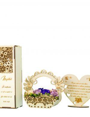 Pachet 3 Cutie pentru sticla de vin, placheta, aranjament flori de sapun – OMIS01233