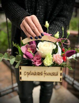 """Aranjament floral """"O primavara frumoasa"""" MFB1026"""