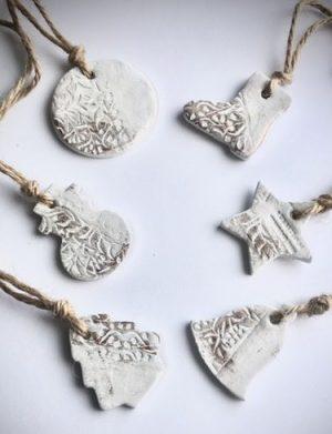 Ornamente Handmade De Craciun Cu Patina Din Bronz