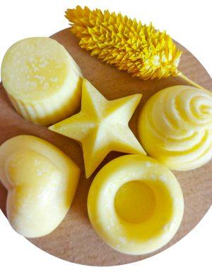 Mărturii capsule din ceară de soia și ulei esențial de lavandă (galben), AMB1610