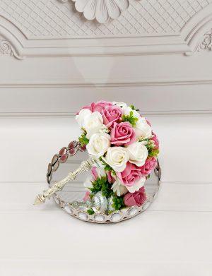 Buchet trandafiri de sapun roz pudra & albi, ARBC1107