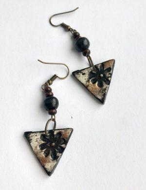 Cercei triunghi cu print floral negru, AHGL12815