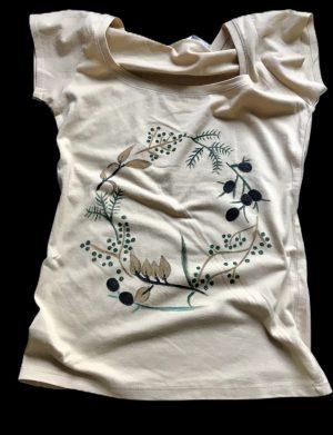 "Tricou ""Flori salbatice"""