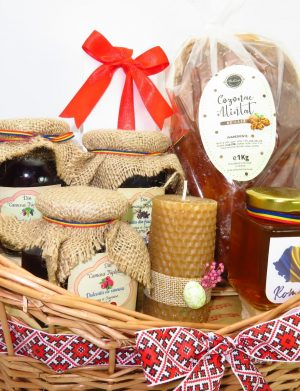 Cos cadou traditional Paste, Dulce Absolut Plus, 8 piese, produse naturale, ILIF147