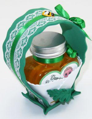 "Marturii dulci cu miere, model handmade ""Cupe cu nectarâ€� – verde alb, borcan 90 gr – DSBC1670"