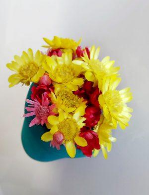 Mărturie jumatate de ghiveci cu magnet si flori uscate AMB26036