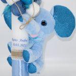 Lumanare botez cu jucarie Elefantel si ornata cu gheme – ARBC193