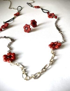 Set Colier Cercei Floricele Rosu Cu Argintiu