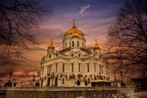 Trusou botez, lumanare si lucruri necesare pentru oficierea Tainei Botezului