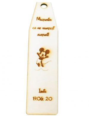 Marturie semn de carte cu Mickey Mouse, din lemn, personalizata, maro OMIS008