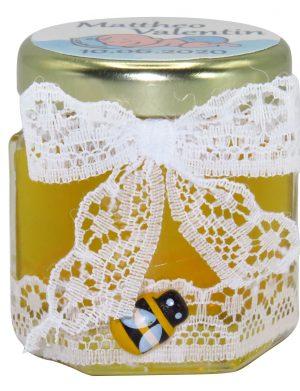 "Marturii dulci cu miere, model handmade ""Eleganta� – alb, borcan 50 gr – DSBC1610"