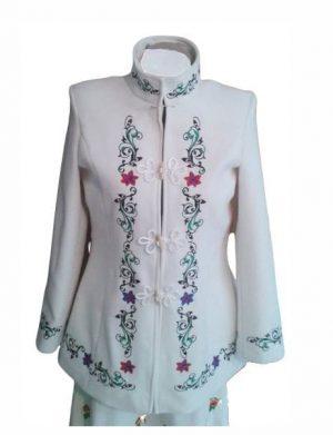 Pardesiu dama din stofa, scurt, croit in Romania, culoare alb, brodat, LLDJ202
