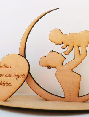 Decoratiune mama si copilul, Dragostea e inchinaciunea pe care ingerii o fac stelelor, 22.5×18.5cm