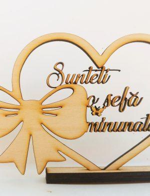 Decoratiune cadou Sunteti o Sefa Minunta, 20×13.5 cm din placaj lemn de fag