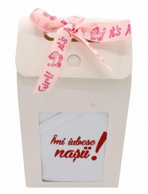 Set cadou bebelusi Imi iubesc nasii! Fetita, 6 piese, ambalat in cutie de cadou cu fereastra de vizitare – ILIF008