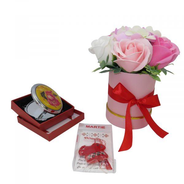 Set cadou cu oglinda martisor ie din fetru si aranjament trandafiri sapun 23h Events