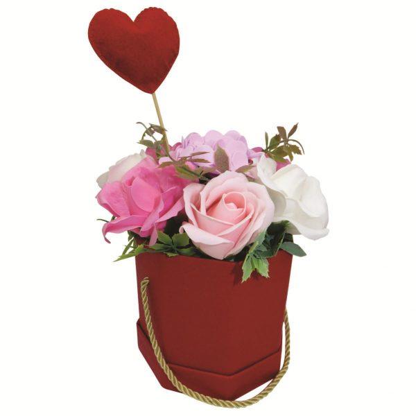 Set cadou pentru ea 3 piese ghiveci cu flori de sapun lumanare cu petale de lavanda si brosa realizata manual in Romania ILIF10105 5 1