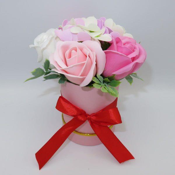 Set tavita cadou nasi 6 piese 2 cani cu mesaj aranjament trandafiri sapun ILIF10101 6