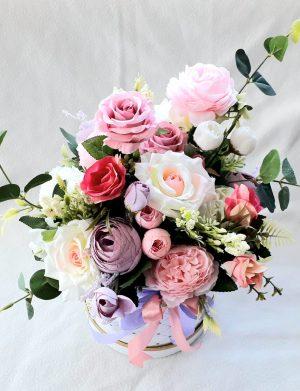 Aranjament cu flori de matase – FEIS1636