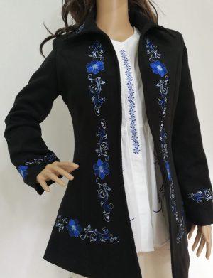 Pardesiu dama din stofa scurt, croit in Romania, negru, brodat – LLDJ10128