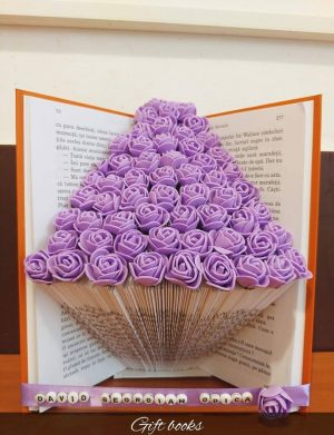 Cadou Carte cu pagini reale decorata cu flori de spuma – OMIS01221