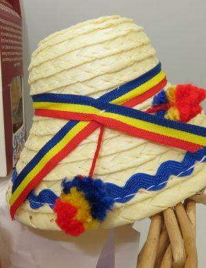 Cos cadou traditional I love Romania, ILIF1219
