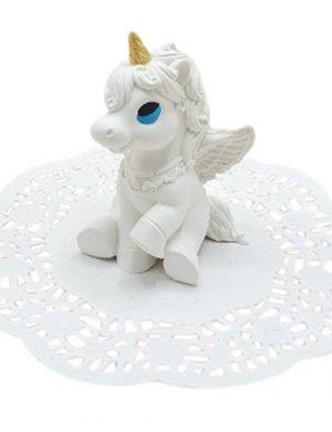 Marturie Unicorn pentru botez realizata din ceramica parfumata – MTB305