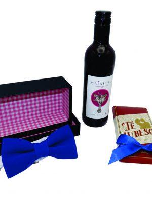 Set cadou 3 piese pentru el, ciocolata Te iubesc, papion albastru in cutie si vin, ILIF1028